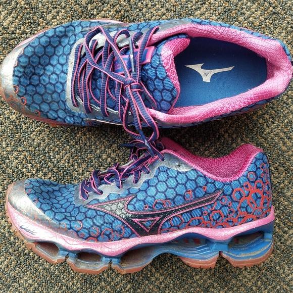 huge discount 40563 6fb20 Mizuno Shoes - Mizuno Wave Prophecy 3 Running Shoes 7.5 (W) EUC